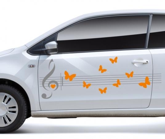 Violinschlüssel und Schmetterlinge